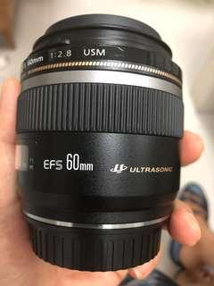 Lensa Canon Makro EF-S 60mm