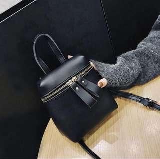 🚚 全新免運✨流行韓版爆款休閒小清新側背包/化妝包/肩背包/小方包/斜背包