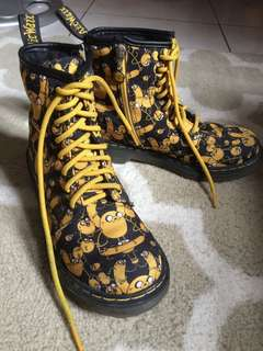 REPRICED!!! SUPER SALE!!! Dr Martens Limited Editions Boots Adventure time😍