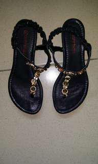 水鑽夾腳涼鞋