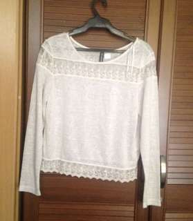 H&M Lace detailed top (longsleeves)