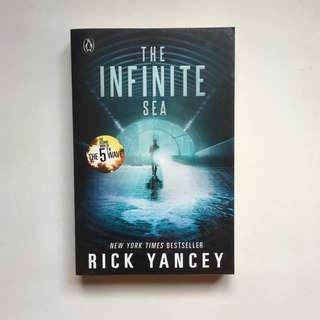 The Infinite Sea (The 5th Wave, #2) by Rick Yancey