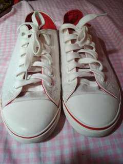 Preloved White Sneakers