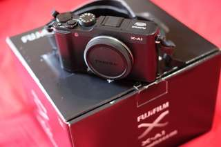 Fujifilm Mirorrless X-A1 Body Only