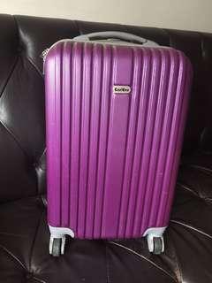 20吋紫色行李箱