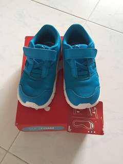 Puma toddler sport shoes