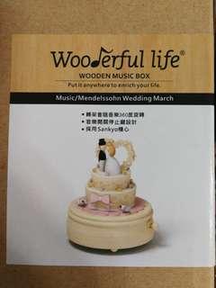 木製音樂盒 結婚公仔