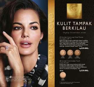 Giordani Gold make up