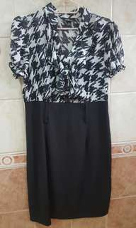 Black houndstooth dress (Large)