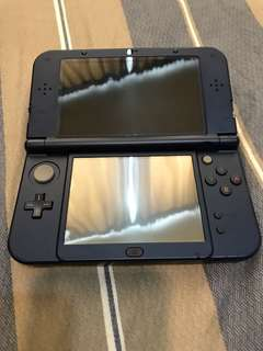 Nintendo 3DS XL + 5 games + accesories