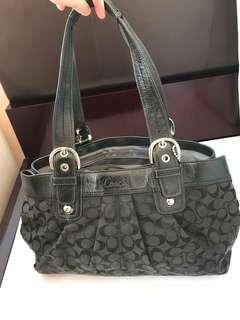 Coach Handbag- 80%new