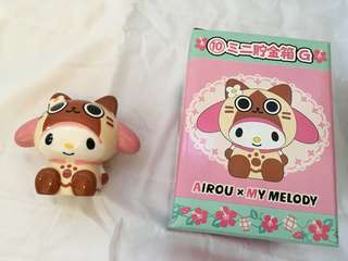 My Melody X monster hunter貓貓錢箱非賣品