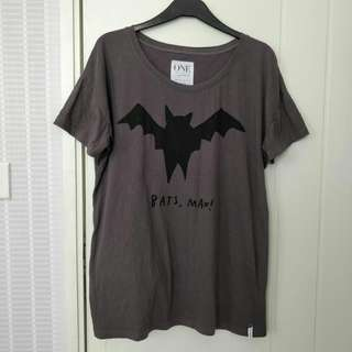 ONE by Oneteaspoon t-shirt size XS