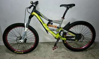 specialized trails 2, 26inch M size DH for sale