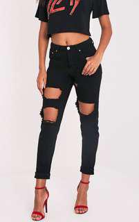 RIPPED BLACK MUM JEANS