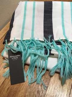 Amazing Abercrombie scarve