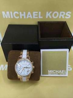 Michael Kors Watches complete package