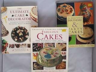 3 Cake decorating books