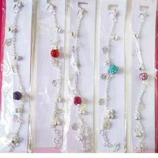 閃石圓珠配玫瑰銀片手鏈