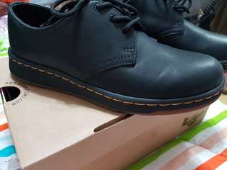 Dr.Martens shoes women
