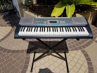 Casio electronic Keyboard piano LK-220