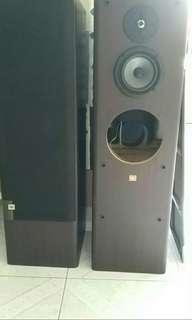 JBL speaker x2