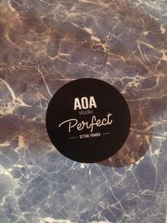 Aoa loose powder in banana (preloved-used once)