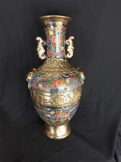 Qing dynasty metallic glazed porcelain vase 39cm high. 大清乾隆年制青銅器。