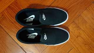 Nike 鞋 (Size 38.5, 90% New) 只穿一次