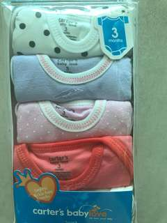 Carters set baby love NEW