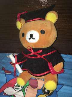 鬆弛熊畢業公仔