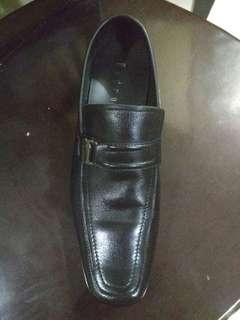 Sepatu Kantoran