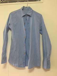 🚚 男性水藍色休閒襯衫M號#畢業一百元出清