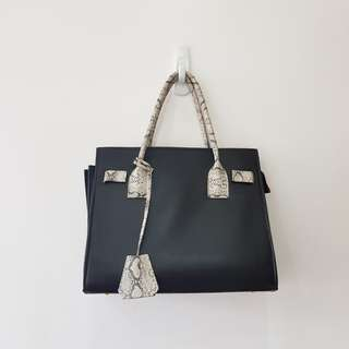 Black Arabella Satchel