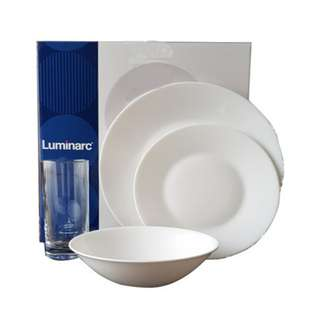 LUMINARC 16PC WHITE DINNER SETExtra Resistant to BREAKING AND CHIPPING  Dishwasher Safe and Dishwasher Resistant | Microwave Safe  Resistant to Strong Temperature Variations  Made of Opal Glass