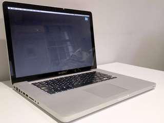 """MacBook Pro 15"""" 2.66mhz C2D '09"""