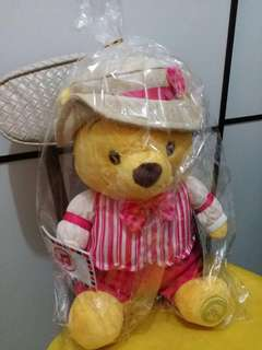 Japan Disney Store Winnie The Pooh soft toy doll 30cm