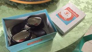 Fisher Price Shoes for toddlers (girl)