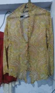 Baju kebaya encim motif batik lawass
