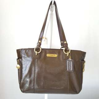 COACH Patent Leather Tote bag Chocolate Brown