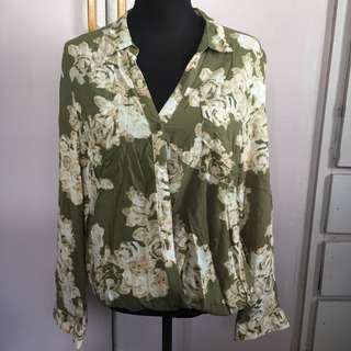 Floral Top.. See Other Pics For Styles!