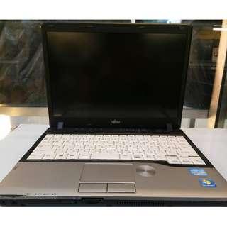 Fujitsu netbook core i5 p series