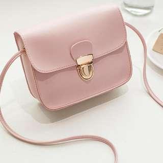 047-橫挎包粉色包包
