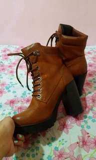 Primadonna leather boots