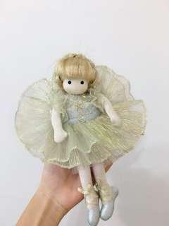 🚚 芭蕾舞音樂盒娃娃