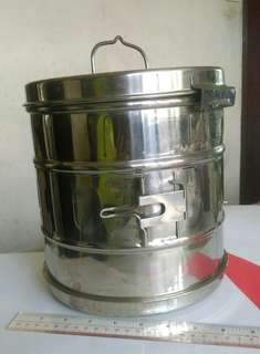 Vintage sterilizer medical stainless steel box made in Italy古董醫療用意大利製造不銹鏽鋼消毒器