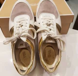 Authentic Michael Kors Rubber Shoes Size 8
