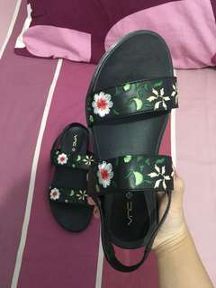 Vnc sandal