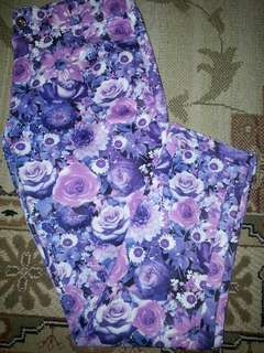 Purple flowery stretchable pants