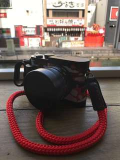Leica Q Limited very new!!! Super mint! Edition SGP Leica Q 20/20 series with Red Camo & strap